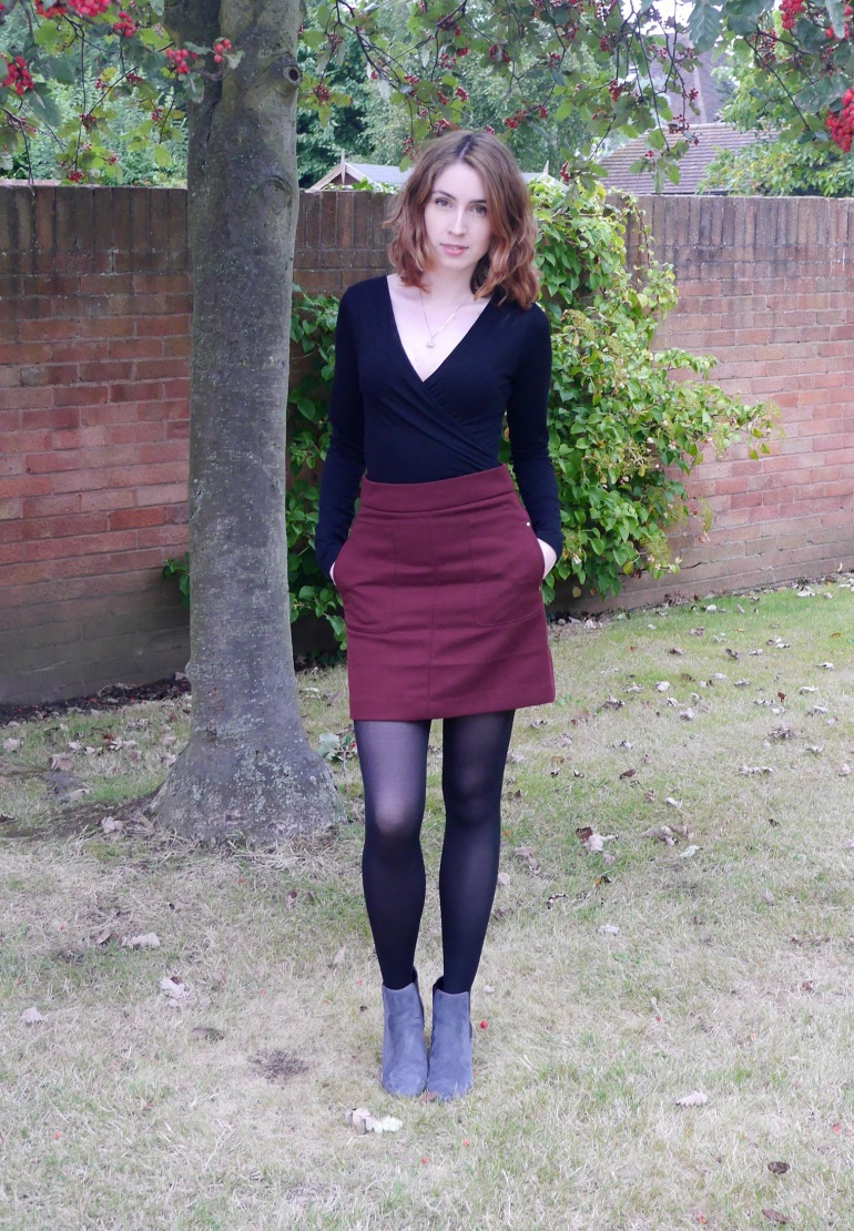 Blogger Date Night Outfit to Pub