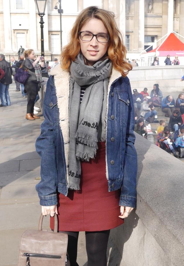 Blogger wear glasses in London
