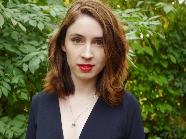 Blogger wearing Make-Up Geek