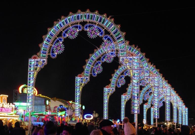 Winter Wonderland Archway