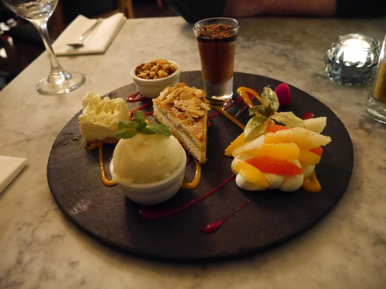 Riddle&Finns Desserts to Share Board