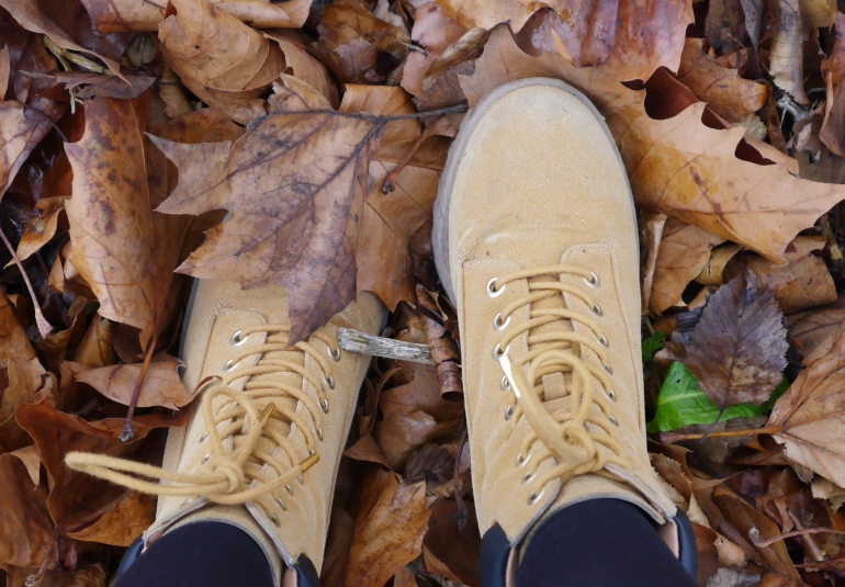 Timberland Style Boots in Leaves