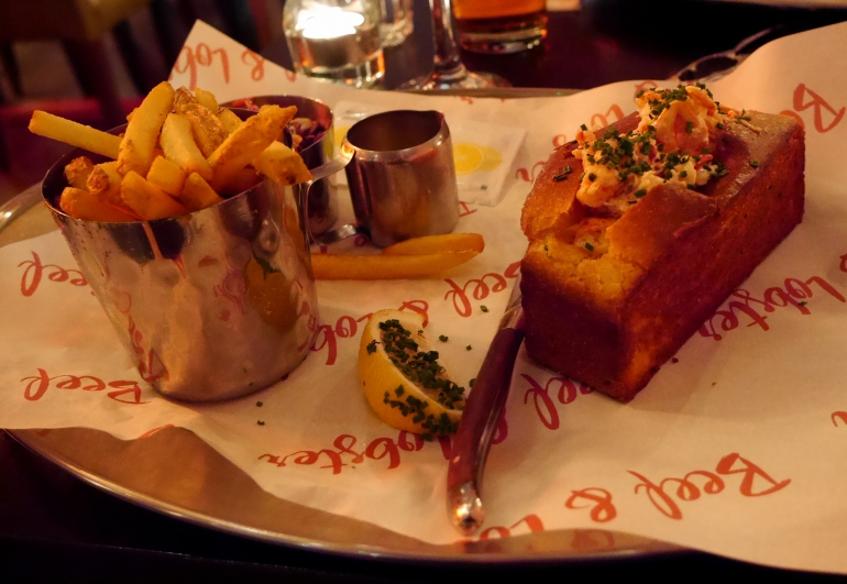 Lobster Roll at Beef&Lobster