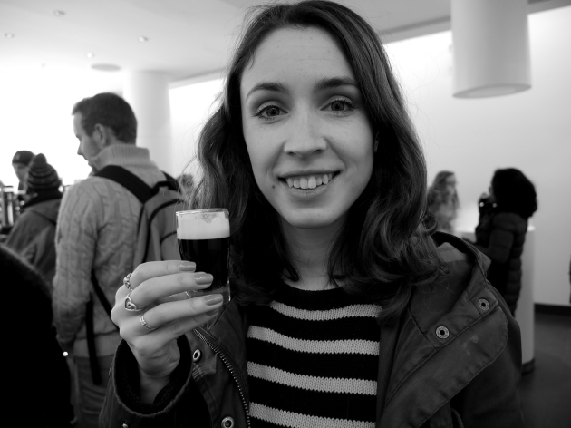 Blogger with Guinness at Storehouse
