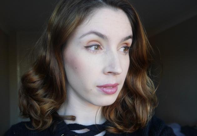 Blogger wearing New Cid foundation in Latte