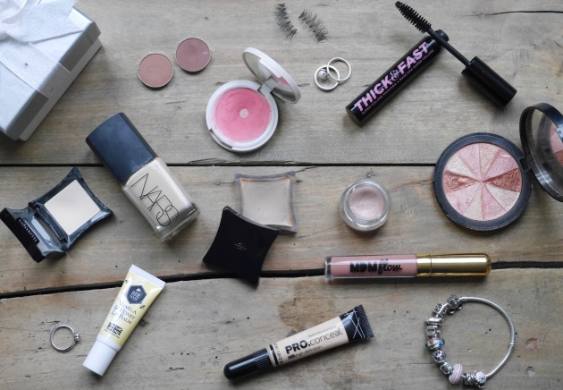 Blogger Wedding Make-Up Flatlay