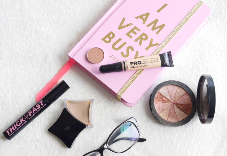 Bloggers simple work make-up