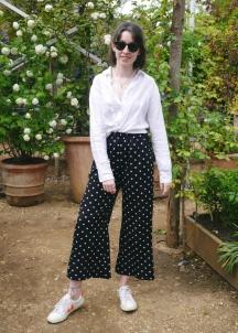 Pear shape styling of palazzo pants